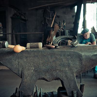 entreprise-familiale-beaujolais-artisans